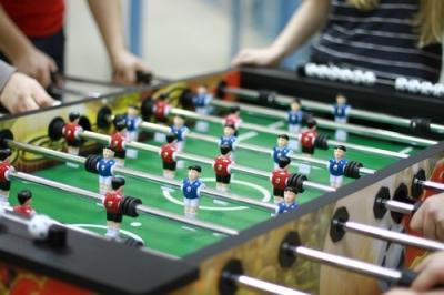 Настольный футбол в школе